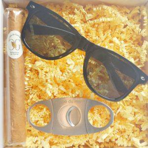 boxhommetemoin-garçonhonneurcigare-lunette-coupe-cigare-cadeauxpersonnalisemariage-france
