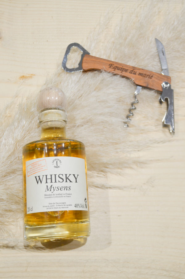 Bouteille de whisky