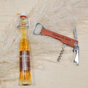 Mignonette de whisky et couteau suisse